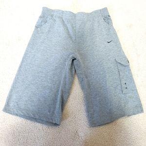 2/$20 Men's Nike shorts L